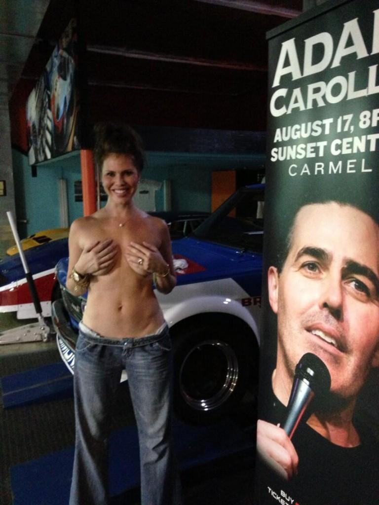 Les photos de Nikki Cox nue