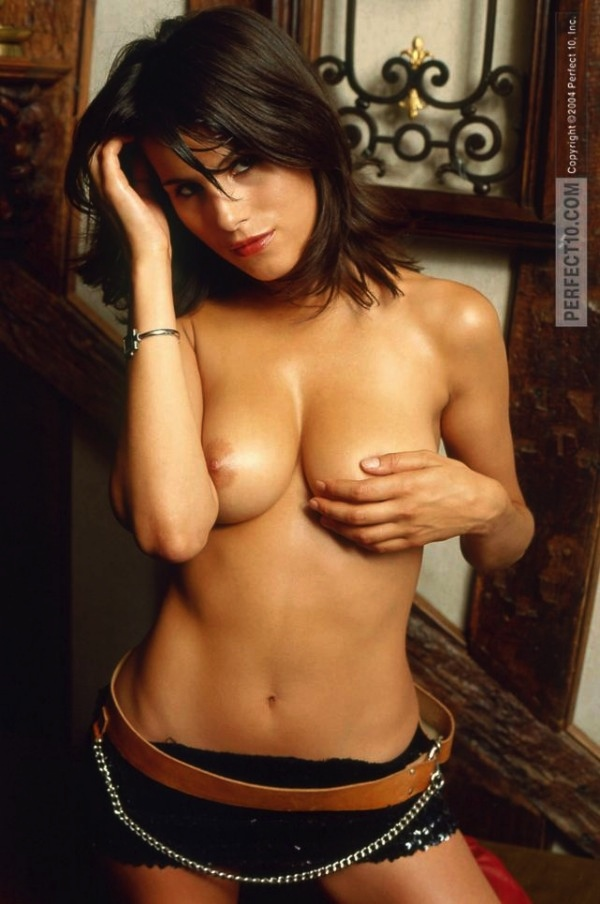 19-karine-ferri-tf1-sexy-hot-nue