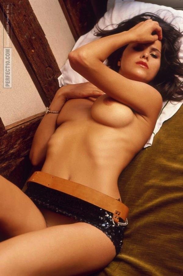 29-karine-ferri-tf1-sexy-hot-nue