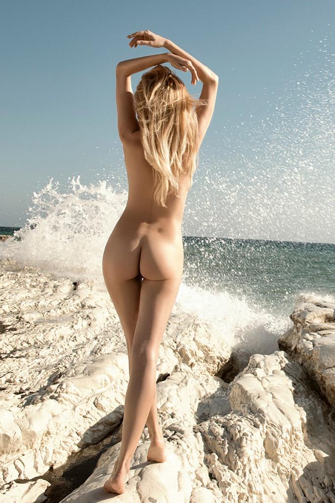 Alicija-Ruchala-Naked-3