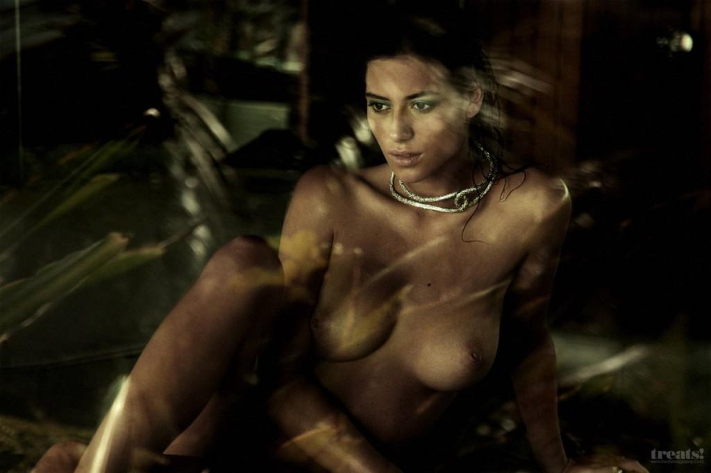 Alejandra-Guilmant-Naked-20-1024x682