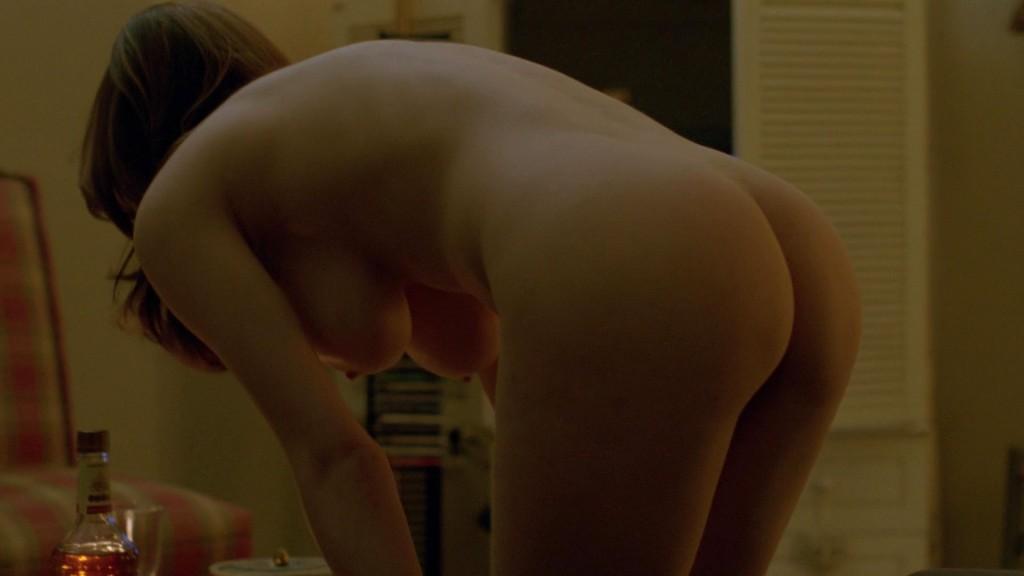 alexandra-daddario-nue-seins-nus