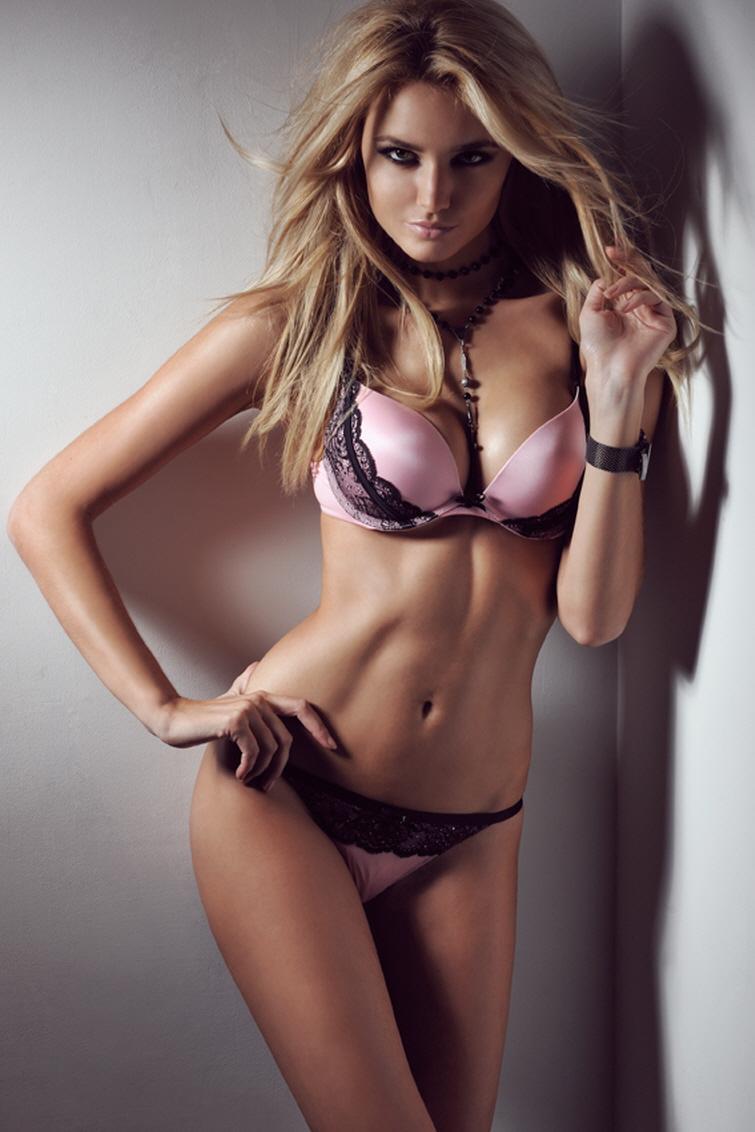 Hot suck girl