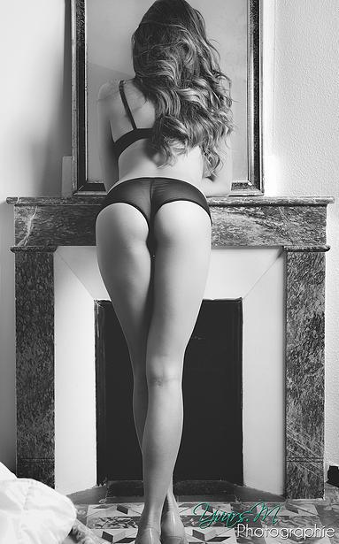 Des photos de Alice Llenas nue (Le Juste prix)