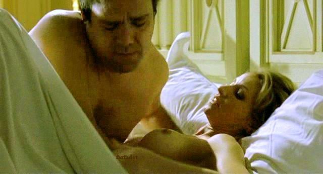 images-alexandra-lamy-nue-dans-vive-la-vie-topless-sein-softcore-2542-cb3e7