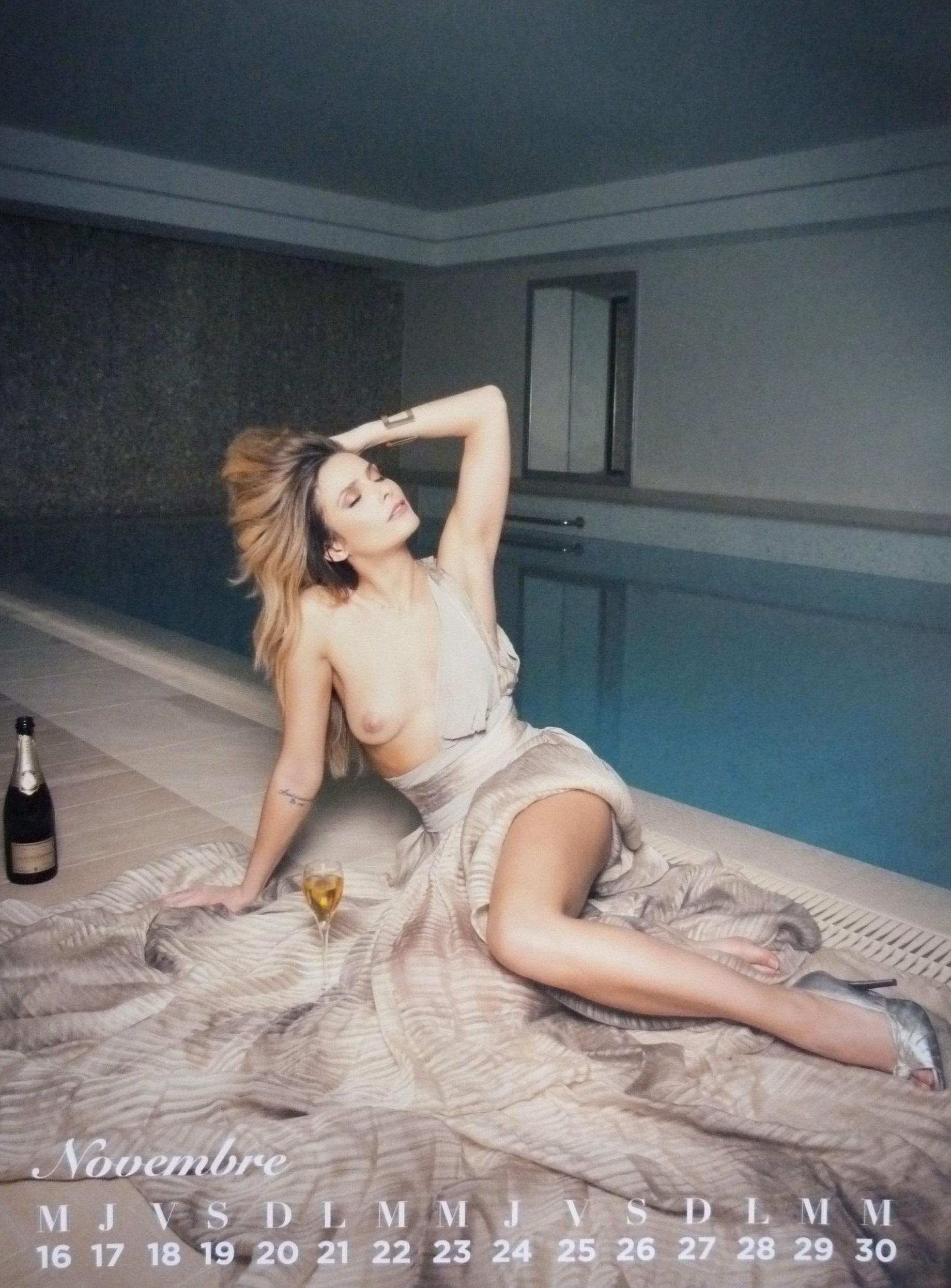 lady gaga dancing naked