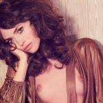 Des photos de Cora Keegan nue