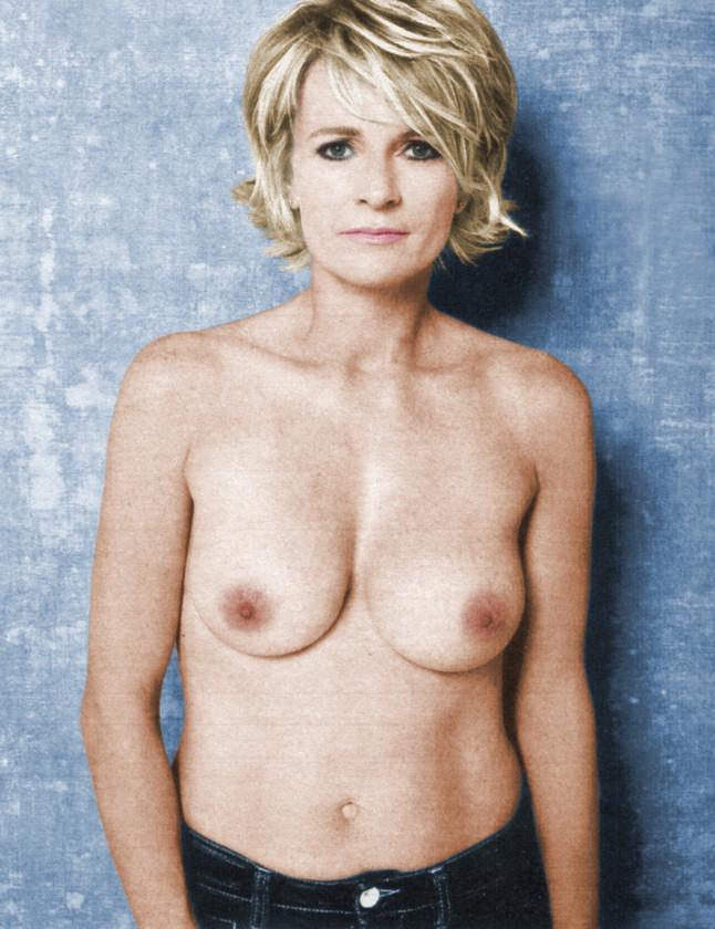 image Sextape d une belle blonde sodomisee par une queue black