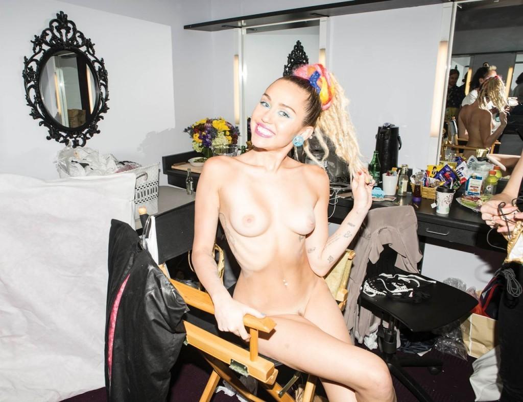 Une photo de Miley Cyrus nue dans sa loge