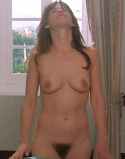 images-sophie-marceau-nue-dans-film-inconnu-topless-sein-pubis-chatte-poilue-15913-366de