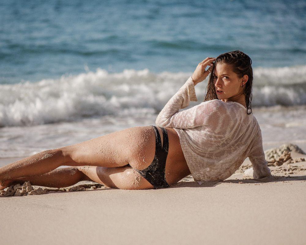 Alyssa-Arce-nude-naked-hot-sexy-8