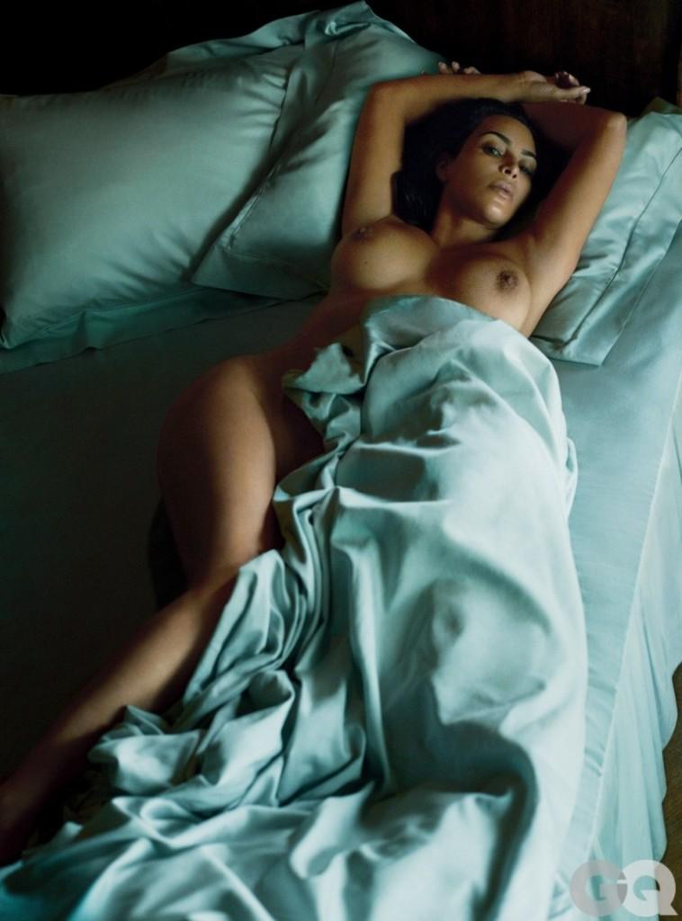 Kim Kardashian nue dans GQ