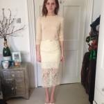 Oops les seins de Emma Watson nue sous sa robe