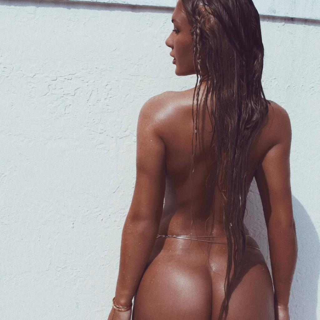 Des photos de Niykee Heaton nue et seins nus