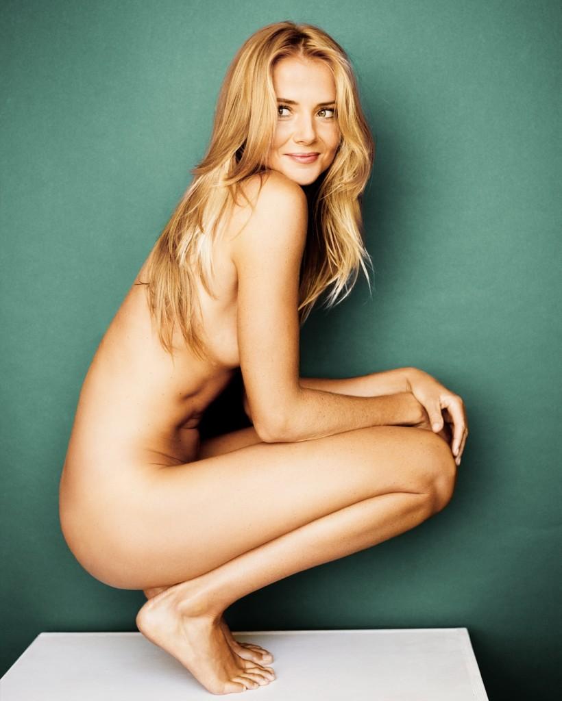 Des photos de Daniela Hantuchová nue et seins nus