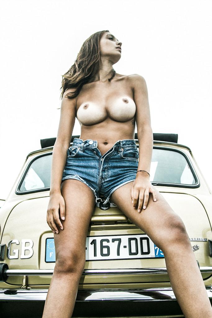 josephine-lecar-nue-seins-sexy-5