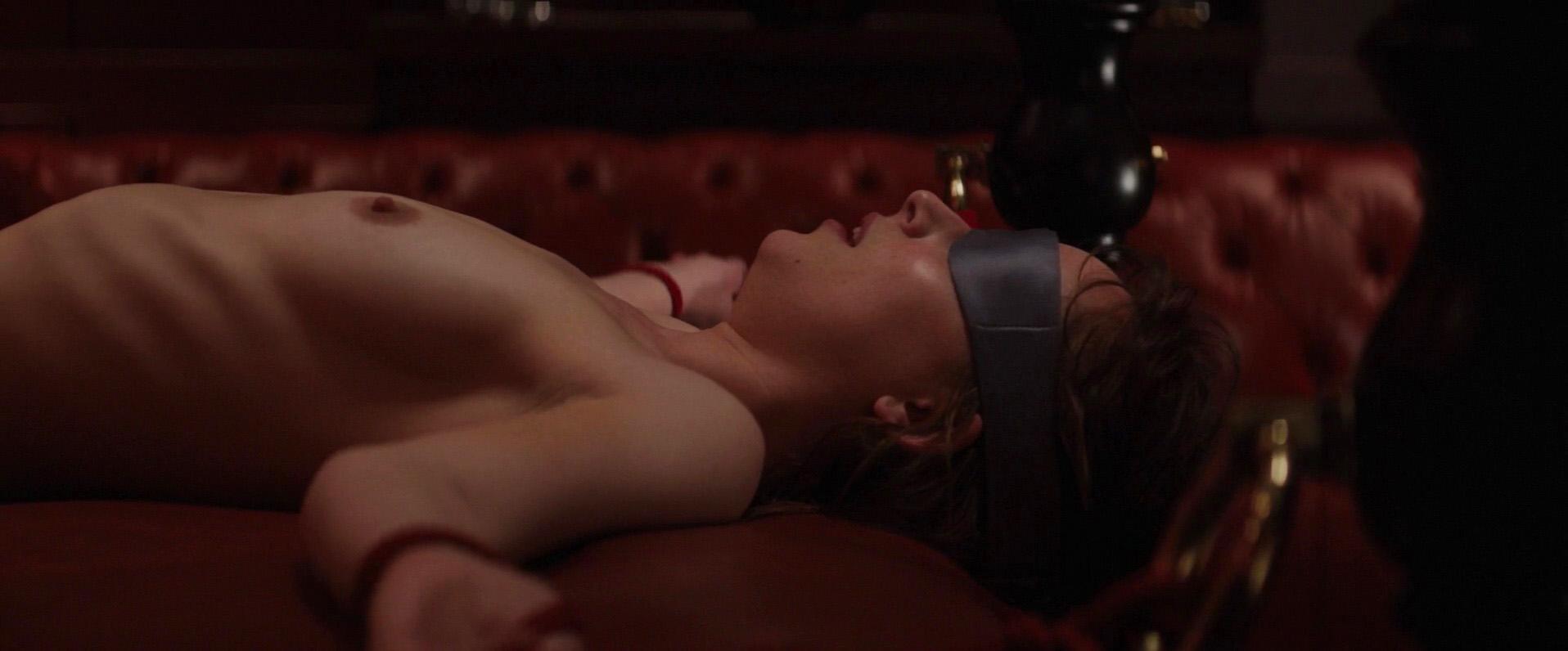 Télécharger des seins porno