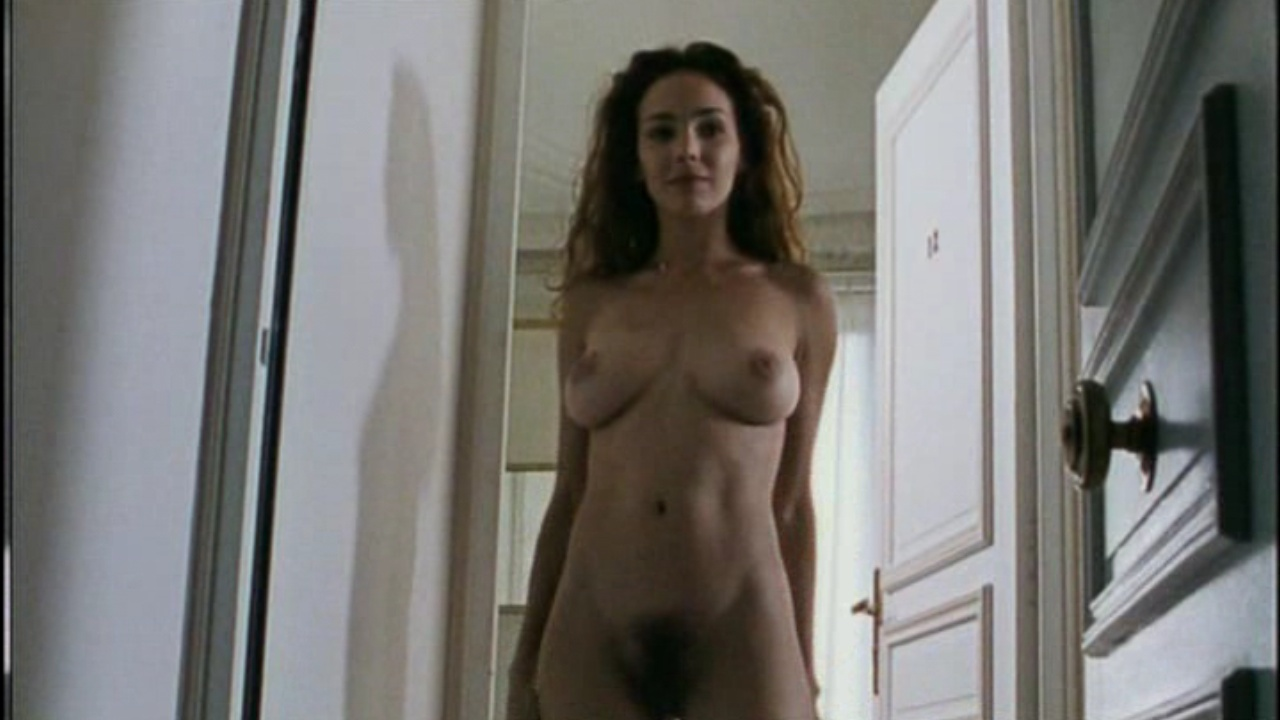belle claire nude