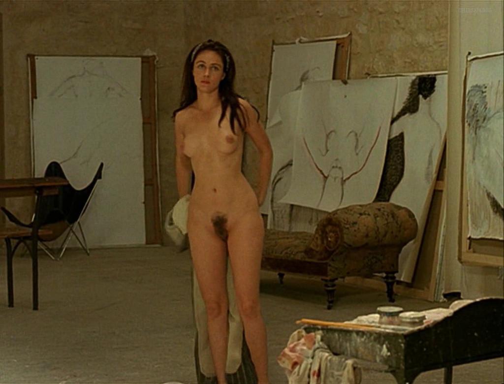 Toutes les photos de Emmanuelle Béart nue et seins nus