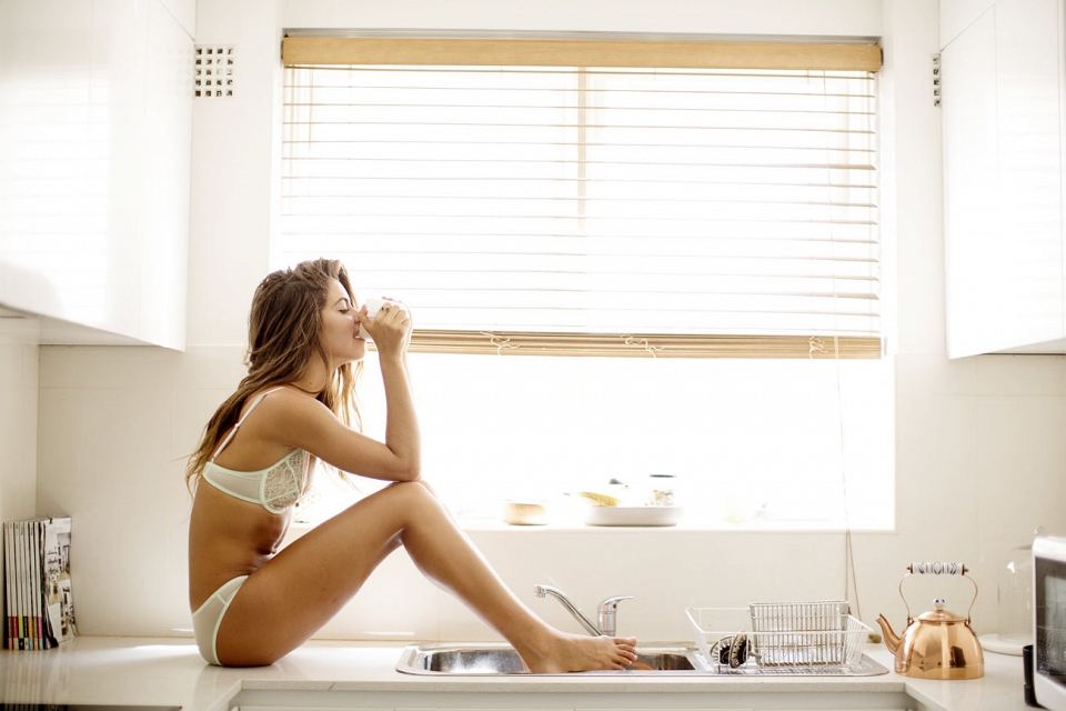 Des photos de Mimi Elashiry nue, sexy et hot