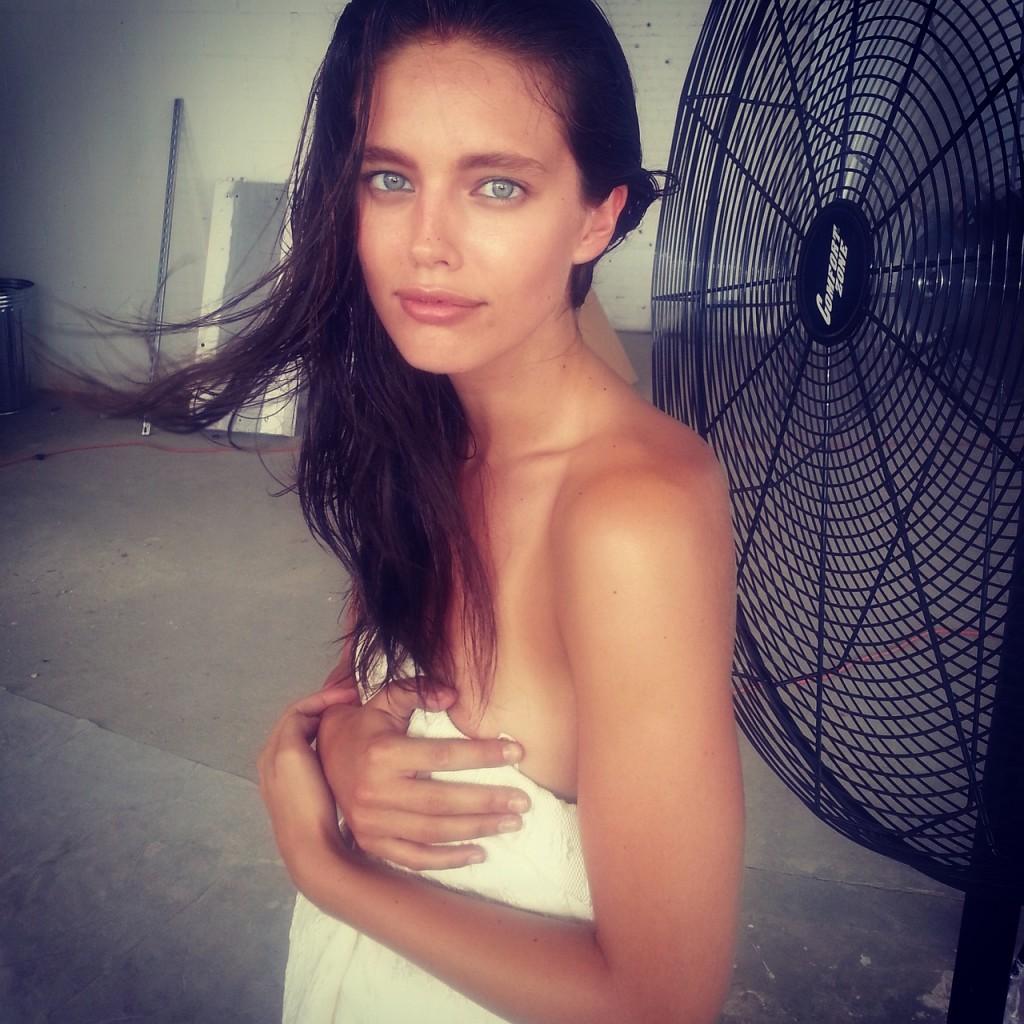 Les photos de Emily DiDonato nue