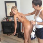 Les photos volées de Joy Corrigan nue et seins nus