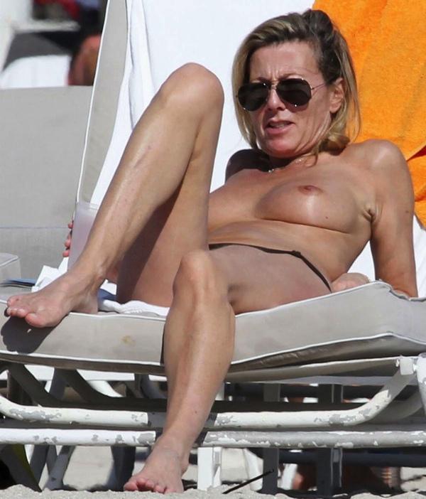 Les photos de Claire Chazal nue, sexy et hot