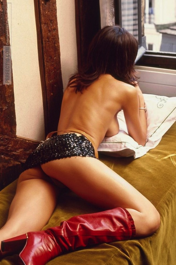 28-karine-ferri-tf1-sexy-hot-nue