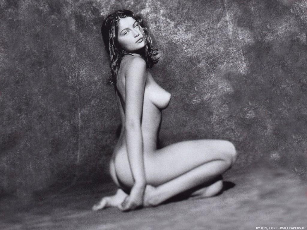 Des photos de Laetitia Casta nue