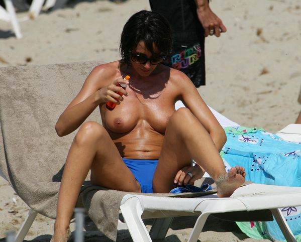 Des photos de Virginie Guilhaume nue