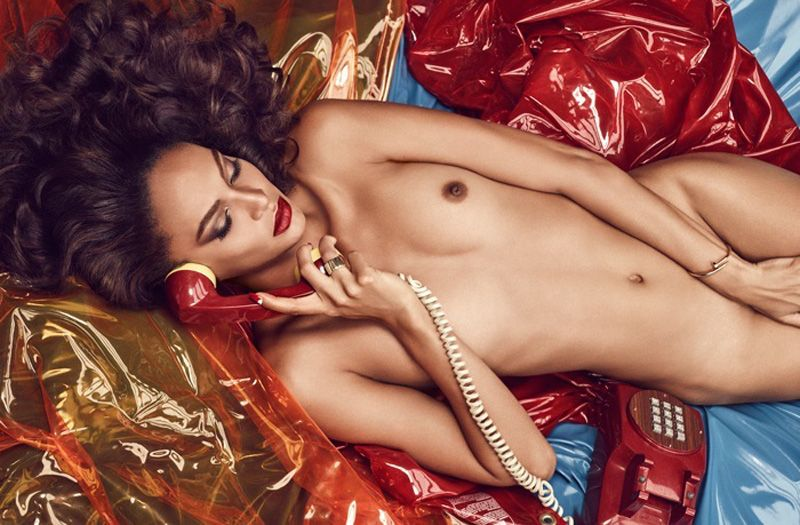 Des photos de Joan Smalls nue