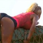 Jessica nue (Les Ch'tis VS les Marseillais) super sexy dans la boue