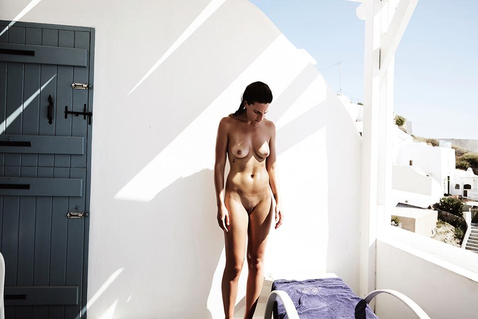 Des photos de Alexandra Apostolidis nue