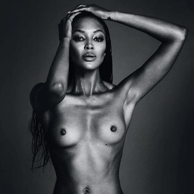 Une photo de Naomi Campbell nue