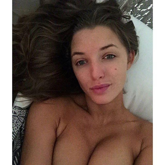 Des photos de Alyssa Arce nue et sexy