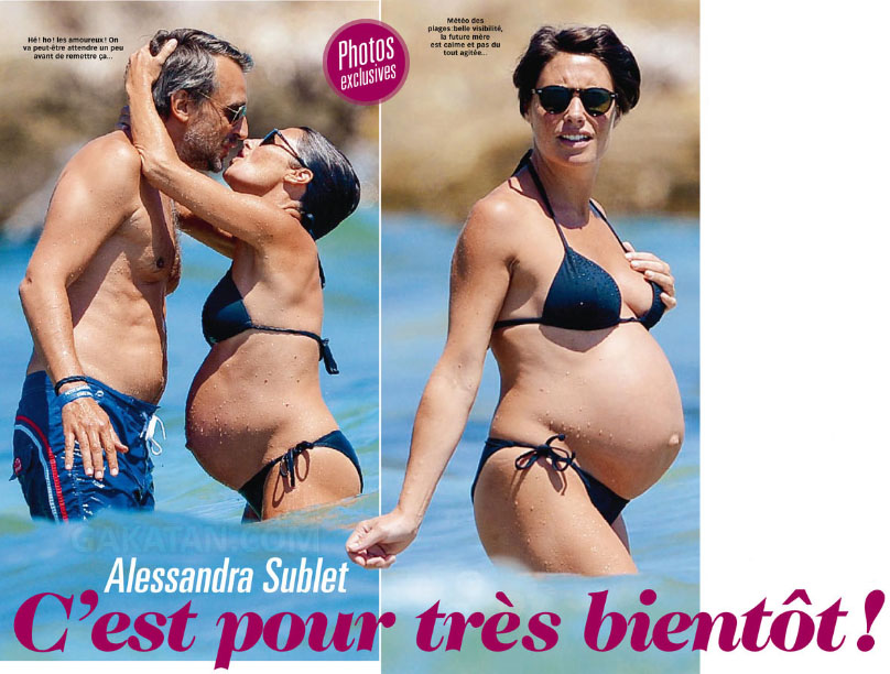 images-alessandra-sublet-nue-dans-plage-en-bikini-decolette-jambes-enceinte-41672-2eef8
