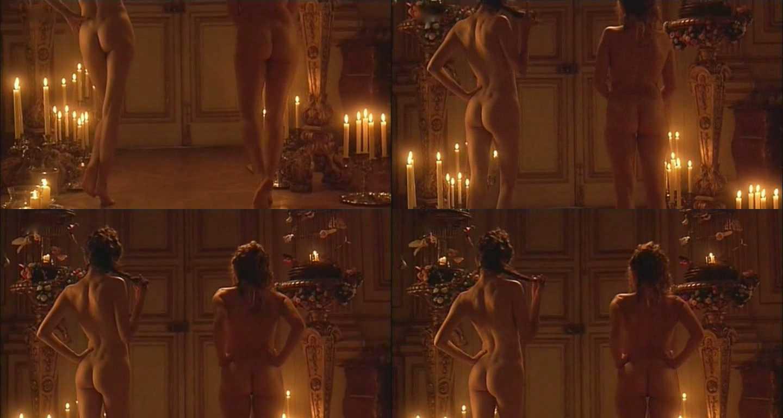sucking-black-audrey-tautou-topless-gif-short-girls