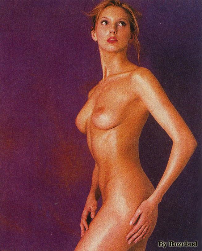 vanessa-pour-playboy-nue-nude-harley