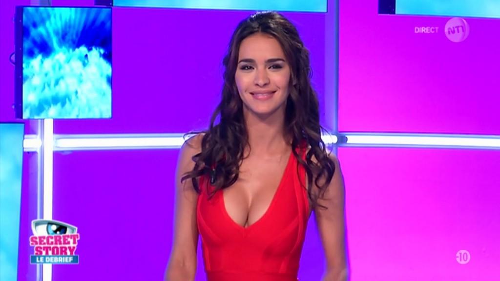Miam les seins de Leila Ben Khalifa dans Secret Story