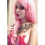 Miam les seins de Sara X Mills