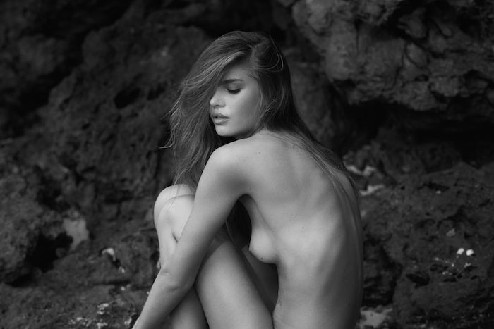Des photos de Frederikke Winther nue