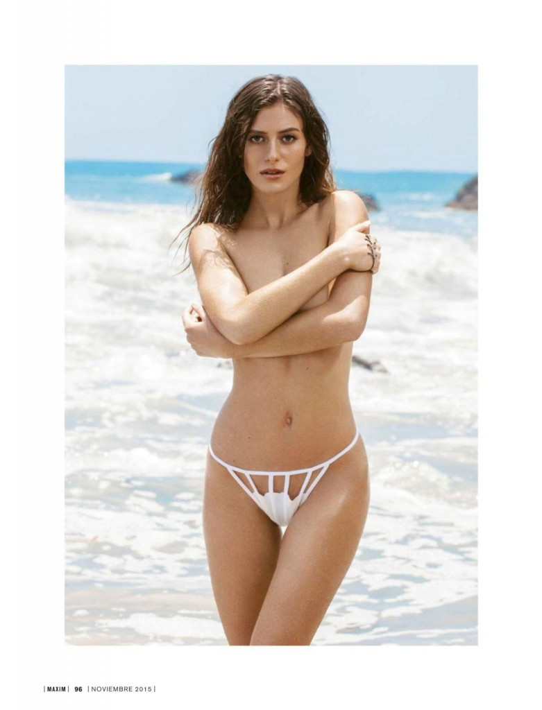 Alejandra-Guilmant-Topless-3-781x1024