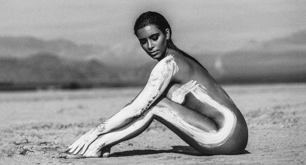 9 photos de Kim Kardashian nue