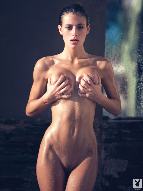 alejandra-guilmant-nue-nude-sexy-hot-7