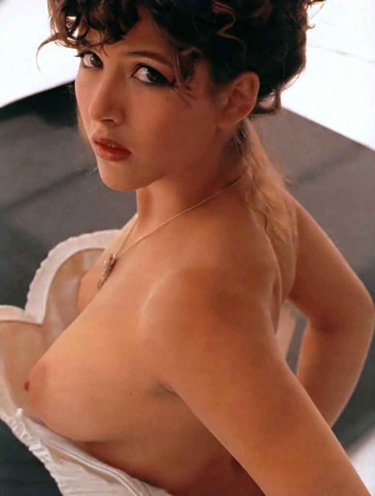 images-sophie-marceau-nue-dans-shoot-inconnu-topless-sein-softcore-19563-a29f4