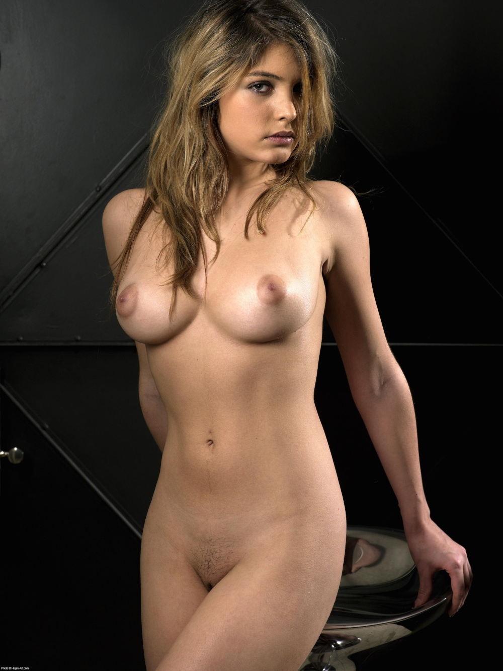 image Sextape d une belle blonde sodomisee par une queue black