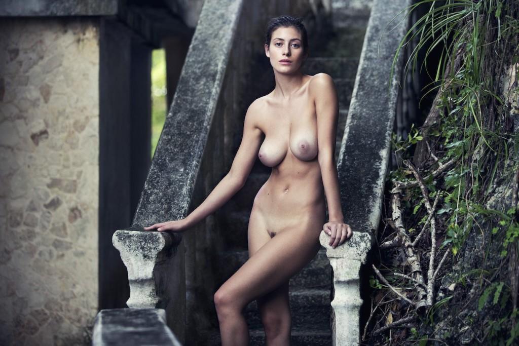alejandra-guilmant-nu-sexy-model