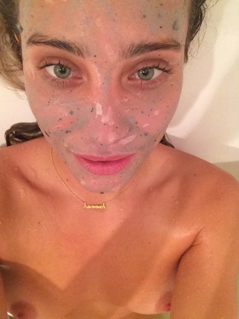 Hannah-Davis-Nue-seins-nude-naked-leaked-pics-fappening-hot-sexy-4