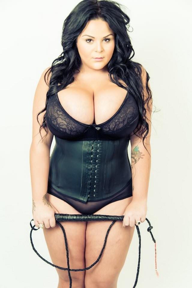 Sarah Fraisou nue nu seins nus hot sexy topless 14