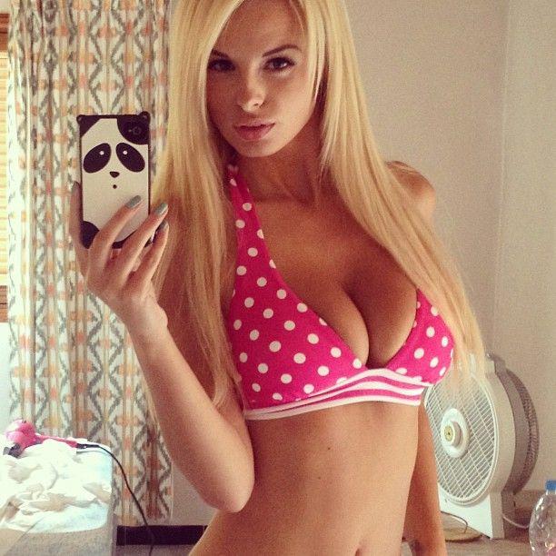Rhian-Sugden-Nude-Nue-Naked-Topless-Selfie-11